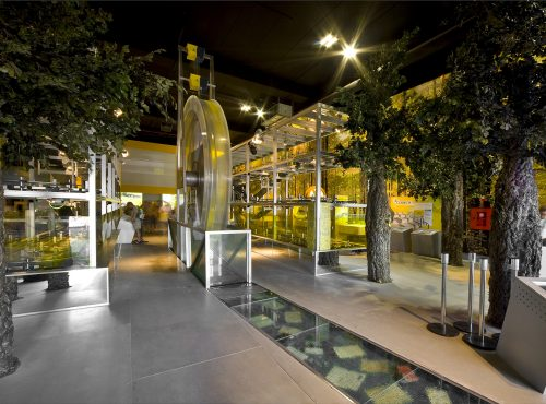 Pabellón de Correos en la Expo de Zaragoza